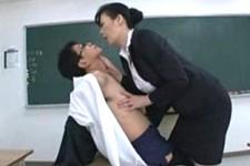 「私を気持ち良くさせなさい〜」長身熟女の校長が男性教師を脅して痴女って大絶叫!星杏奈