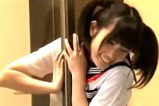 「立ってるじゃん〜舐めちゃおうかな〜」媚薬飲んだ美少女JKが発情して幼馴染みをかわいいアニメ声で言葉責めしてフェラ抜き!