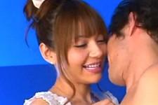 「このパンパンになったおチンチン触りたい〜リオがいっぱいしてあげるから〜」美女におねだりされてフェラにアナルも舐められちゃうM男くん!