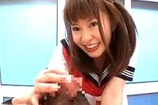 「私をもっと楽しませてよ〜私にザーメン見せて〜」美少女JKがM男くんを意地悪な言葉責めしながら2連続手コキ抜き!宝部ゆき