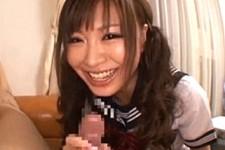「笑わせないで下さい〜」ツインテールJKが和気あいあいとフェラ抜き!