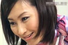「お姉さんのココに入れるよ〜」ガリ勉のクソガキの童貞を奪う美人エステティシャン!菊川亜美
