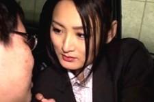 「食べちゃっていい?」肉食美人OLが言葉責めしながら上司をフェラ抜きザーメンごっくん!竹内紗里奈